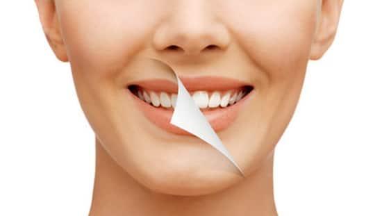 איך לטפל בשיניים באופן טבעי