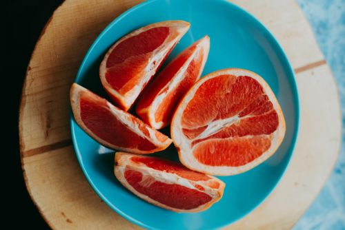 תפוז דם וכל פירות ההדר עשירים מאוד בויטמין סי