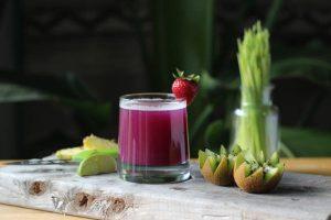 שייק ירקות ופירות בריא יותר עם בלנדר ואקום