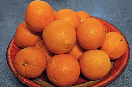 קערת תפוזים, צריך 14לאכול  תפוזים כדי לקבל את המנה ביומים המומלצת של ויטמין סי או ליטול ויטמין C ליפוזומלי