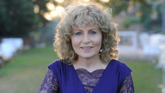 לאה רזניקוביץ, מנחה סדנה מעמיקה לאורך חיים בריא