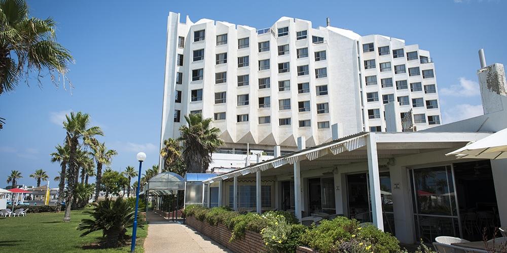 מלון רימונים חוף התמרים עכו. צילום שרון בראון