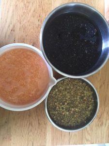 מבחר צבעוני של עדשים