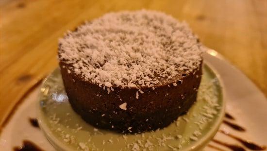 עוגת מוס שוקולד טבעונית Little Erth