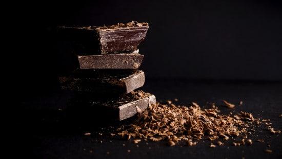 שוקולד - אל תוותרו עליו, רק אכלו במידה.