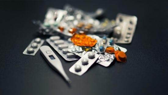 לתרופות מסוימות יש השפעות רעילות
