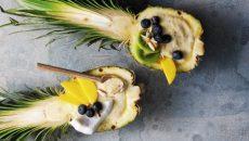 """קינוח מרשים, טעים ובריא: קערת שייק פירות טרופיים. צילום: יח""""צ BEKO"""