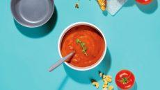מרק עגבניות טבעוני. צילום: Nutribullet