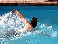 שחיה-פעילות אירובית