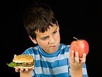תזונה נכונה לילדים (istockphoto)