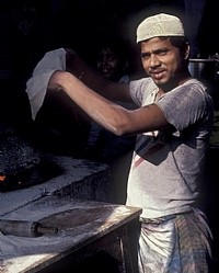 הודי מכין צ'אפטי