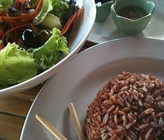 אורז תאילנדי. את השאריות תוכלו להקפיץ